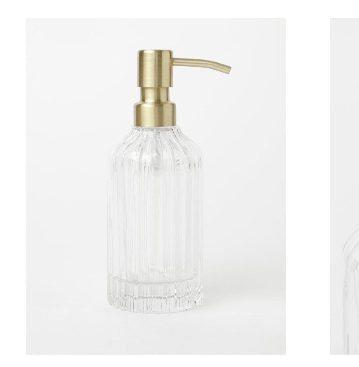 Heritage Glass Ribbed Bathroom Accessories Range x 2